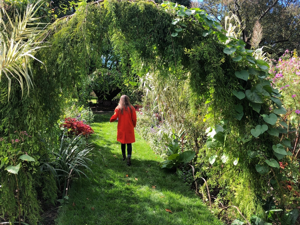 Chanticleer Garden tour - Walking the cut flower gardens. Thinking Outside the Boxwood